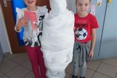 5.-mummy-party